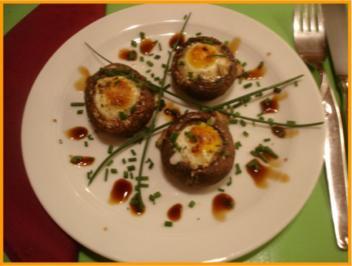 Wachteleier in braunen Champignons - Rezept