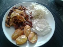 Gyros mit Tzatziki, Rosmarinkartoffeln und Krautsalat - Rezept