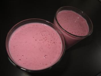 gepfefferte Himbeer-Chili-Milch - Rezept