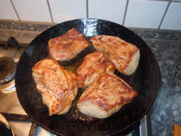 Sauerkraut mit Schweinefilet und Pellkartoffelbrei - Rezept - Bild Nr. 9
