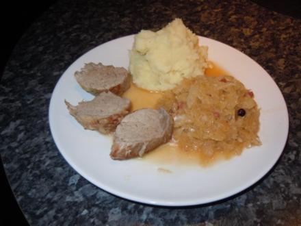 Sauerkraut mit Schweinefilet und Pellkartoffelbrei - Rezept