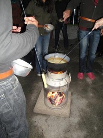 Lagerfeuer-Fondue - Rezept - Bild Nr. 3