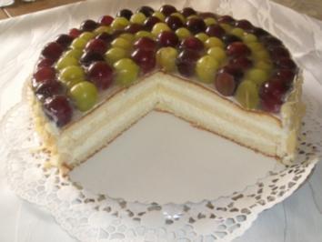 Weintrauben-Sahnetorte - Rezept