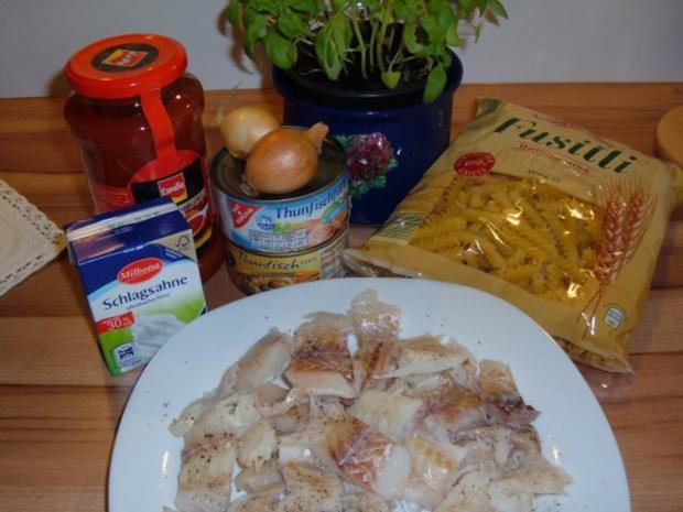 Fisch : 2erlei in Tomatensoße mit Pasta - Rezept - Bild Nr. 2