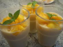 Dessert: Pfirsich-Flammeri mit karamellisierten Früchten - Rezept