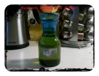 Öl: Chiliöl mit Salbei - Rezept