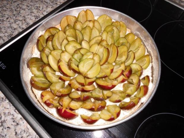 Torte-Pflaumen auf Mandel-Baiser gebettet>> - Rezept - Bild Nr. 5