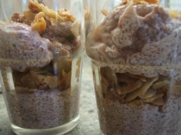 Dessert: Schoko-Grießflammeri mit Schuss und Knusperli - Rezept
