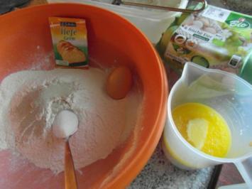 Zwetschgenkuchen  nach Oma`s Art - Rezept
