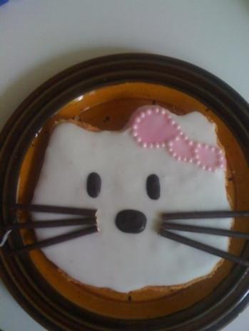 Hello Kitty Kuchen - Rezept