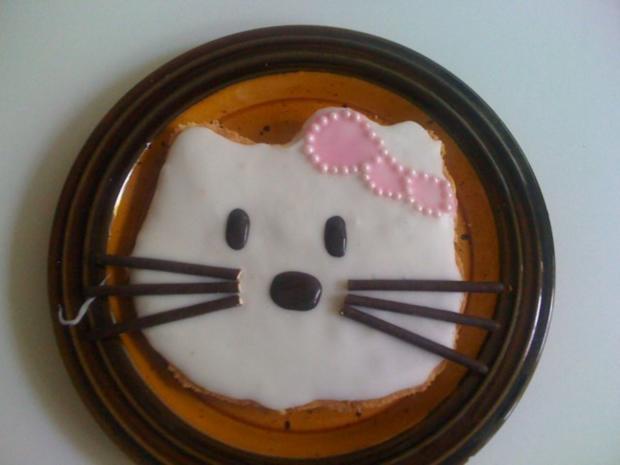 Hello Kitty Kuchen - Rezept - Bild Nr. 2