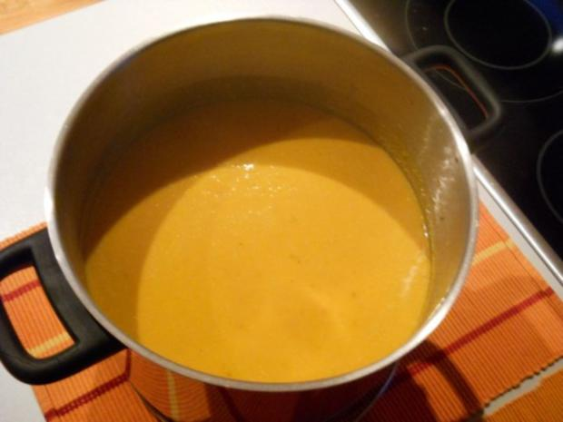 Kürbiscremesuppe mit Süsskartoffeln - Rezept - Bild Nr. 5