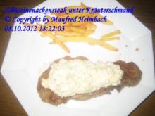 Fleisch – feuriges Schweinenackensteak unter einer Kräuterschmandhaube - Rezept