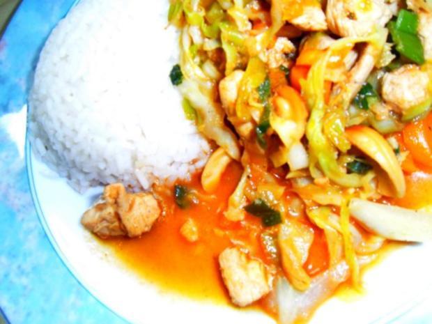 Asiatischer Hühnchen-Spitzkohl-Wok - Rezept - Bild Nr. 2