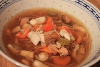 Asiatische Hühnersuppe - Rezept