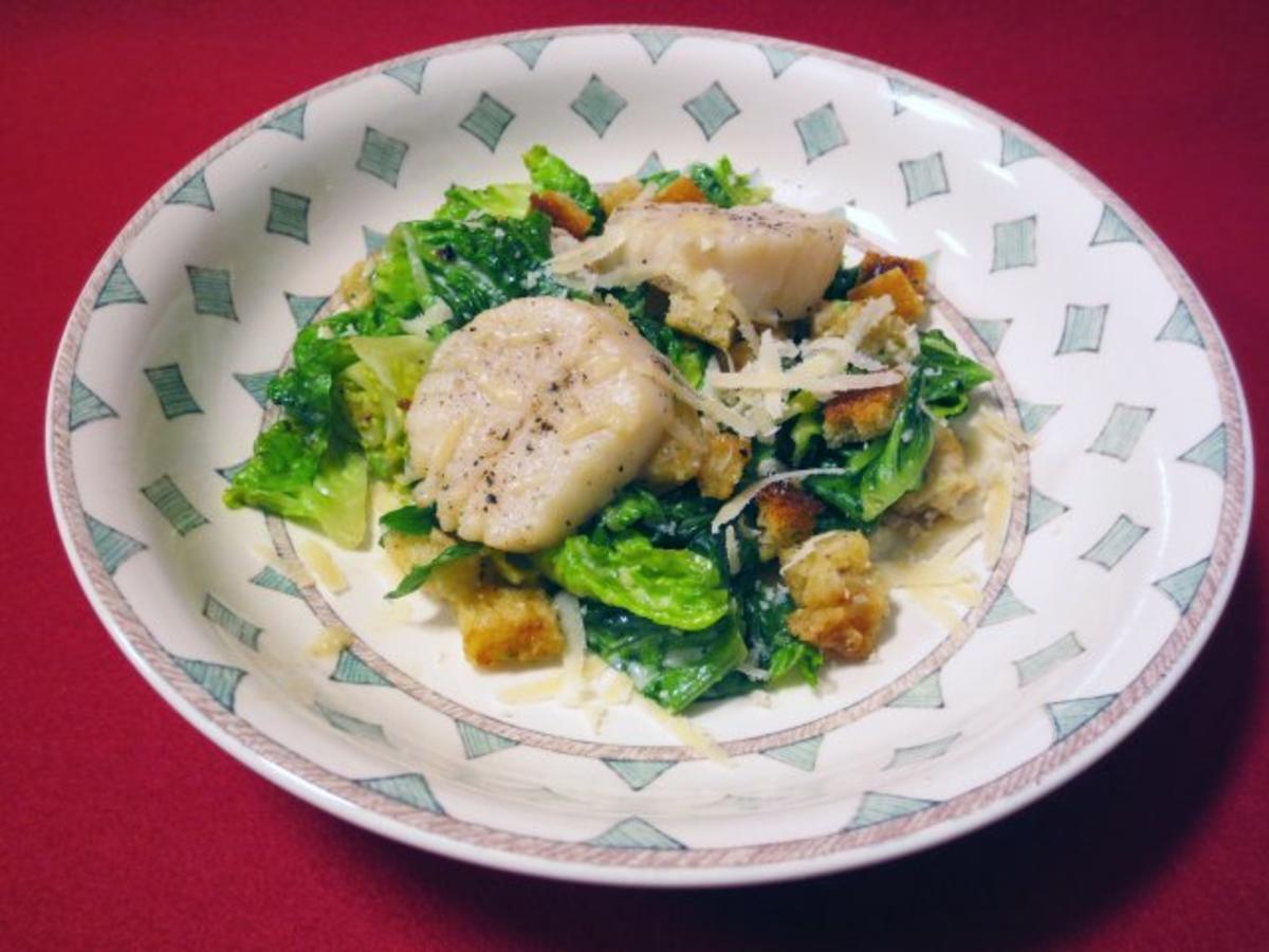 cesars salad mit jakobsmuscheln rezept. Black Bedroom Furniture Sets. Home Design Ideas