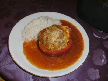 Sabine´s pikant gefüllte Paprika - Rezept