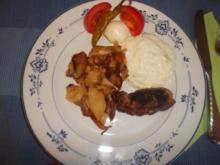 Keftedes mit Kartoffelchips und Tsatsiki - Rezept
