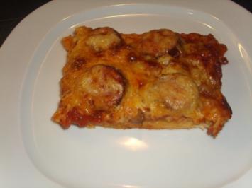 Pizza mit Cabanossi - Rezept