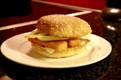 Fishburger mit leichter curry sauce - Rezept