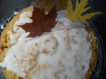 Apfel-Möhren-Kuchen - Rezept