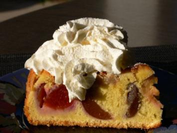 Zwetschgenkuchen mit Amaretto und Eierlikör - Rezept