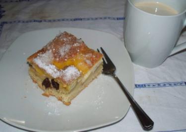 """Gedeckter Apfelkuchen - """"Voräbbelde Eierschegge"""" - Rezept"""