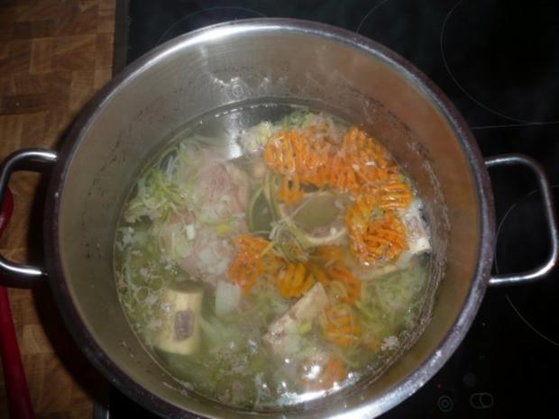 Rindfleisch-suppe,  Markklösschen, Meerrettich,Püree, - Rezept - Bild Nr. 10