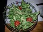 Rucolasalat mit Senf-Balsamico-Dressing - Rezept