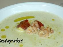Oliven-Schaumsuppe mit Garnelen und Feigenessig - Rezept