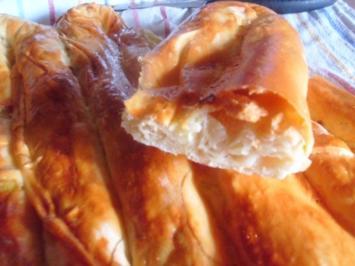 Baniza - gefüllt mit Lauch und Schafskäse - Rezept