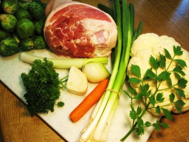 Rosenkohl-Blumenkohl-Suppe mit Eisbein ... - Rezept - Bild Nr. 2