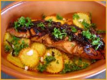 Lachsfilet auf Kartoffelblüten - Rezept