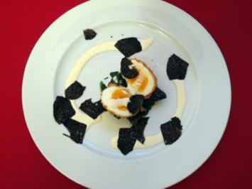Rezept: Frittiertes Ei auf Blattspinat mit Trüffel