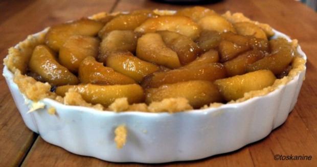 Apfel-Walnuss-Tarte mit Zimtsahne - Rezept - Bild Nr. 11