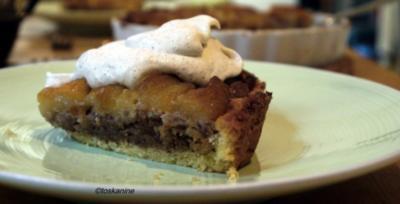 Apfel-Walnuss-Tarte mit Zimtsahne - Rezept