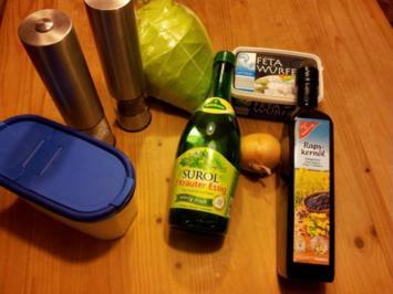 Spitzkohlsalat mit Feta - Rezept