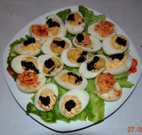 fingerfood gef llte eier rezept mit bild. Black Bedroom Furniture Sets. Home Design Ideas