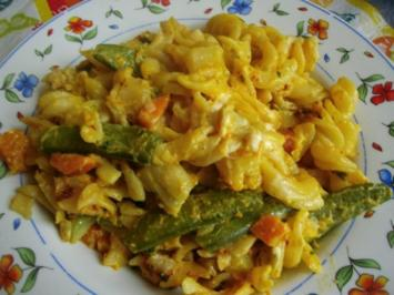 Hasi`s Kürbis Gemüsepfanne mit Nudeln - Rezept