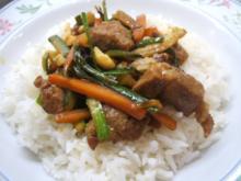 Fleisch: Mariniertes Schweinefleisch mit viiiiiiieeeeel Gemüse - Rezept