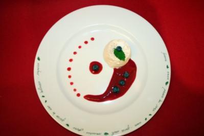Panna Cotta im Früchtetraum - Rezept