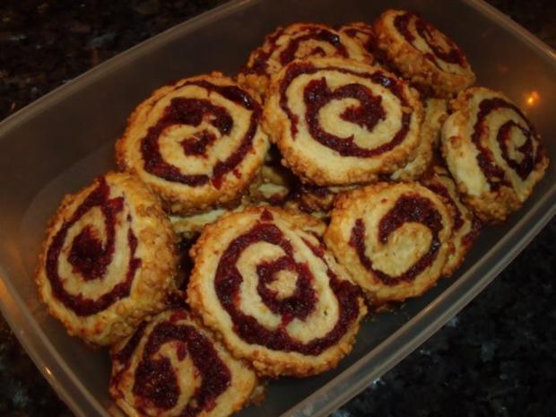 Weihnachtsplätzchen: Cranberry-Schnecken - Rezept - Bild Nr. 2