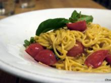 Spaghetti mit karamellisierter Tomatensauce - Rezept