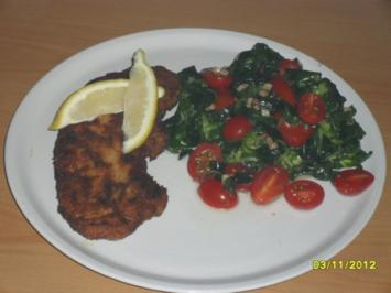 Schnitzel Wiener Art mit Feldsalat - Rezept