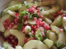 Gurken-Granatapfel-Salat - Rezept
