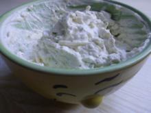 Aufstrich, deftig; Frischkäsedip mit Avocado und Zucchini - Rezept