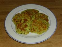 kleine Zucchini Pfannkuchen - Rezept