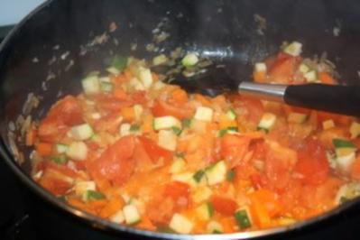 Westafrika: Hühnchen in Erdnuss-Sauce - Rezept