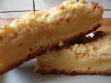 Streuselkuchen mit Vanillepuddingfüllung - Rezept