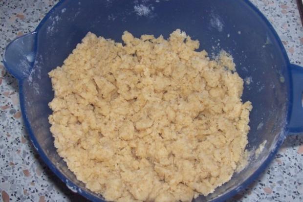 Dessert: Lebkuchen-Crumble mit Apfel, Birne und Preiselbeeren - Rezept - Bild Nr. 8